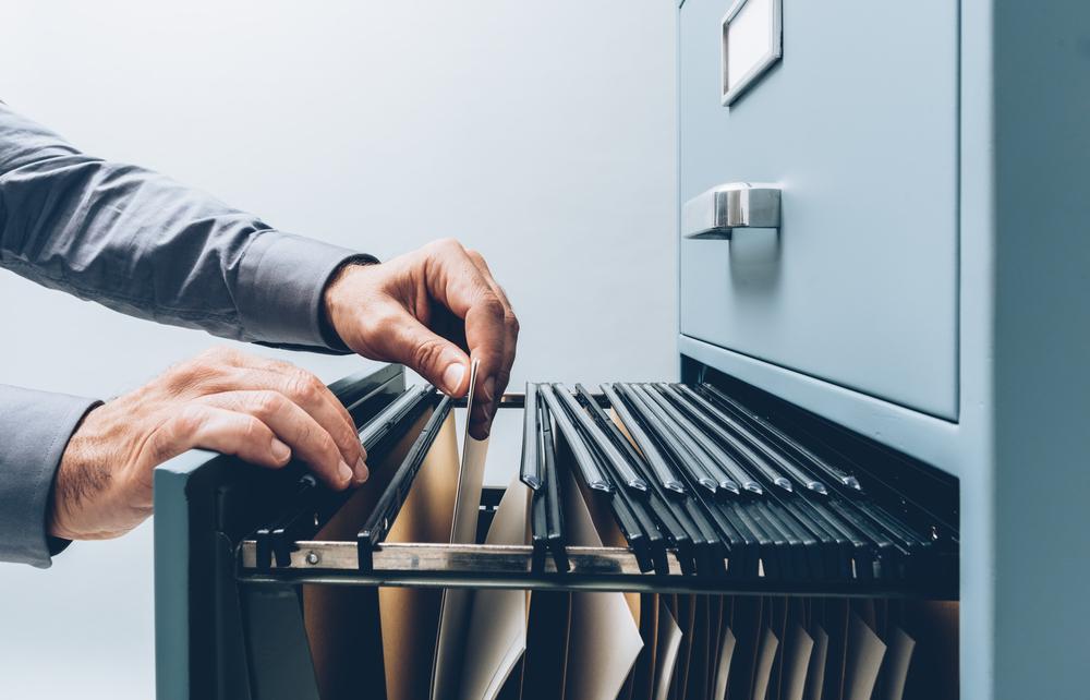 Como arquivar documentos administrativos com segurança?
