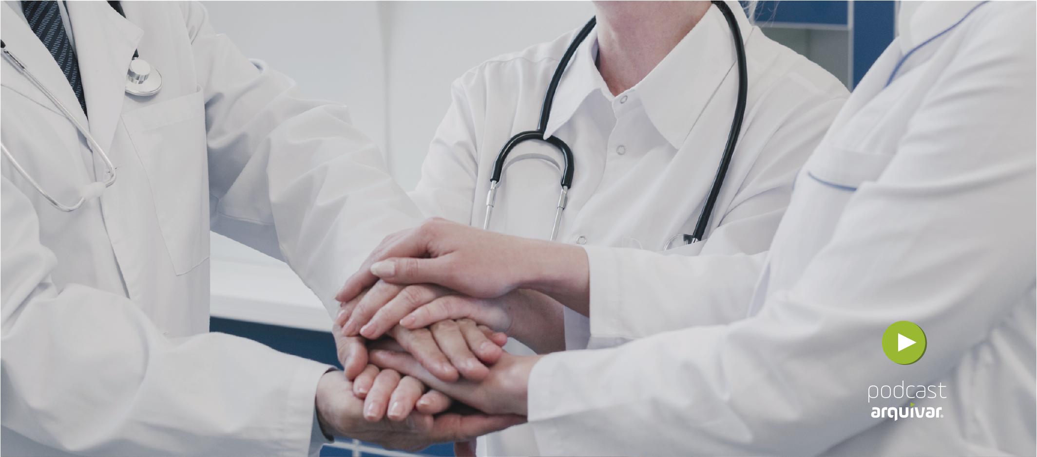 médicos unidos na cooperativa